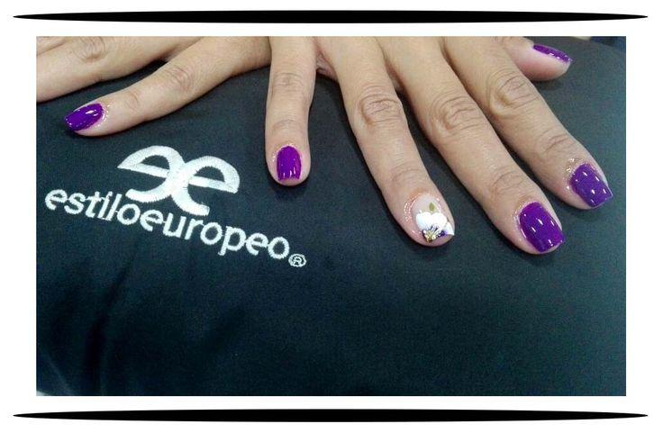 ¡Buenos días, #FelizSábado!  Iniciamos esta linda mañana de #Sábado con un maquillaje de uñas en un color hermoso, con glamour y estilo realizado por nuestra manicurista experta Mylena Villamizar  🔊Te esperamos🔊 Programa tus citas:  ☎ 3104444  📲 3015403439 Visítanos:  📍 Cll 10 # 58-07 Sta Anita . . . #Peluquería #Estética #SPA #Cali #CaliCo #PeluqueríaEnCali #PeluqueríasEnCali #BeautyHair #BeautyLook #HairCare #Look #Looks #Belleza #Caleñas #CaliPeluquería #CaliPeluquerías #SpaCali…