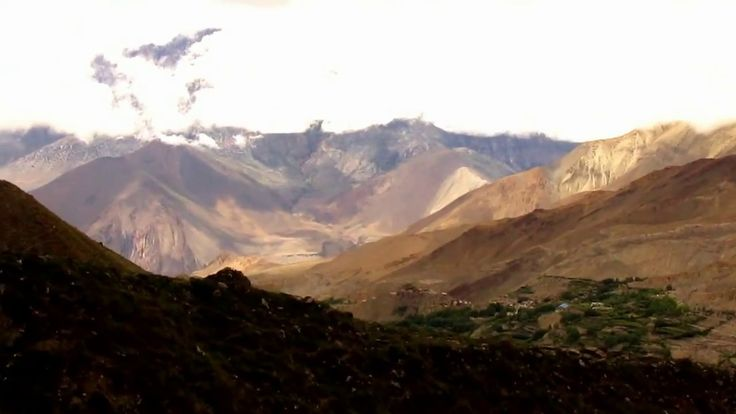 Slow motion view  Trek in Nepal around Annapurna episode 19