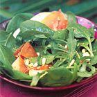 Een heerlijk recept: Spinaziesalade met rucola en serranoham