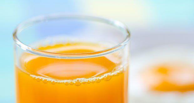 5 boissons pour un ventre plat.  Perdre du poids > s'hydrater > sentiment de satiété.  De l'eau aromatisée : avec quelques gouttes de citron.  Boisson frappée à la pastèque : très rafraîchissant. Hypocalorique.  Le thé glacé à la menthe : pour l'abdomen.  Boisson frappée à base d'ananas : pour l'estomac.  Le thé vert : minimise le risque du cancer. Pour l'abdomen. A boire surtout avant un exercice physique.