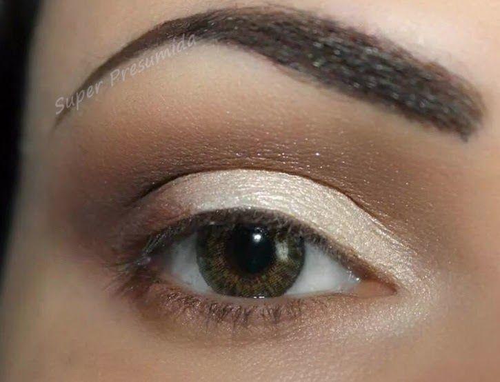 A maquiagem de hoje é a minha cara e uma das que mais uso ultimamente ,  olhos neutros e um super batom que faz toda a diferença .Um e...