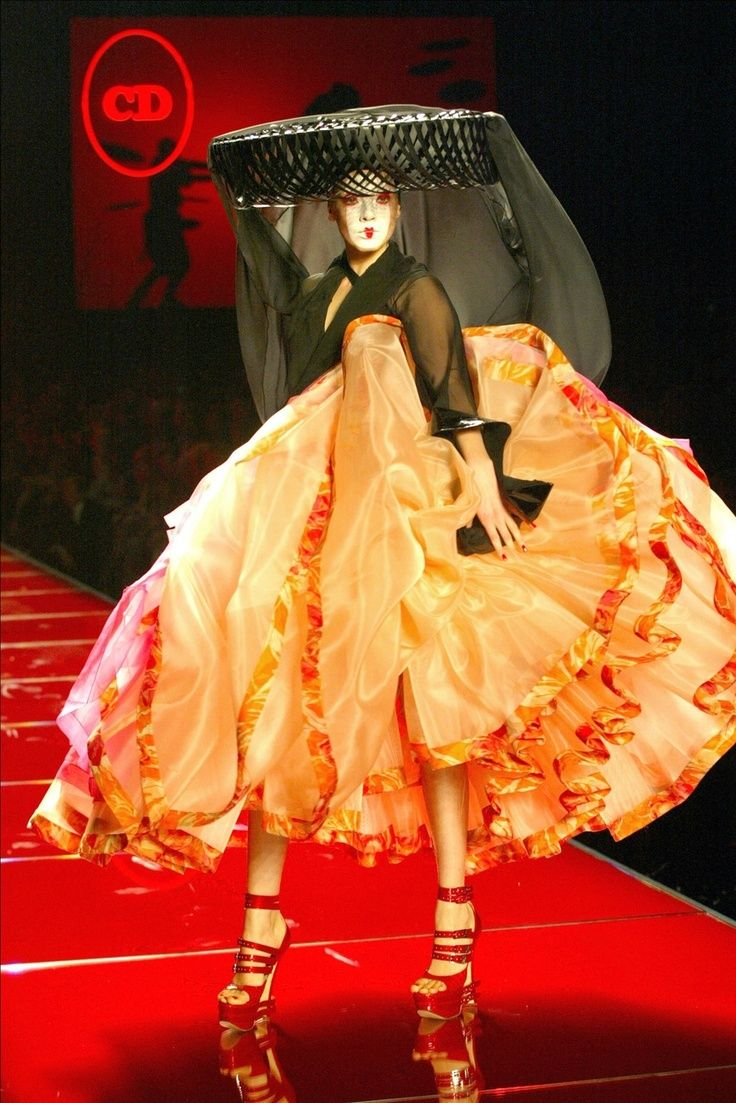 17 best images about 2000 new millennium individual vs for Couture vs haute couture
