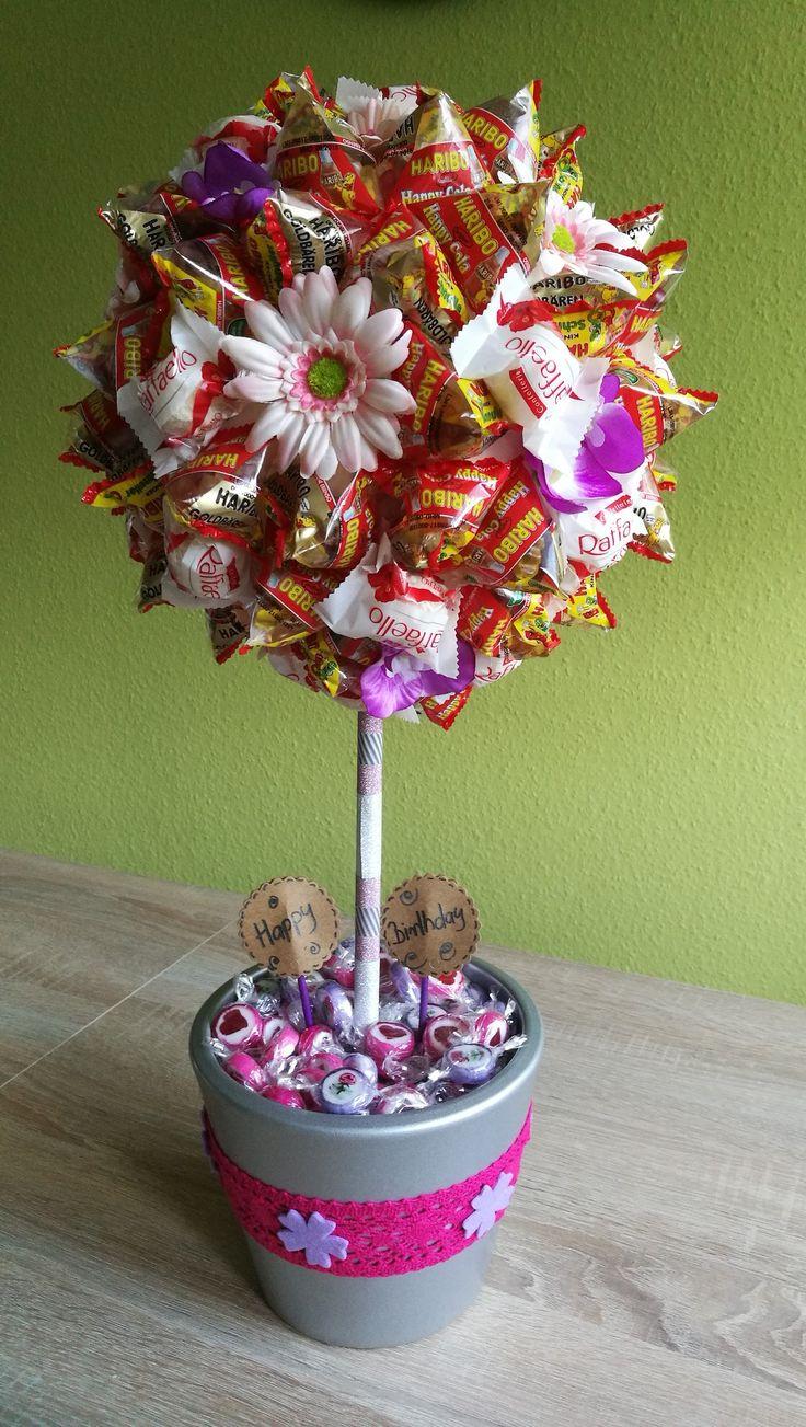 Großer Süßigkeitenbaum