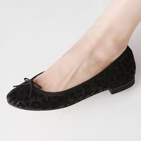 Womens Shoes, Womens Flat Shoes, 2014 Womens Flat Shoes, Casual Edging Black Spring Flats With Leopard And Bow - Hugshoes
