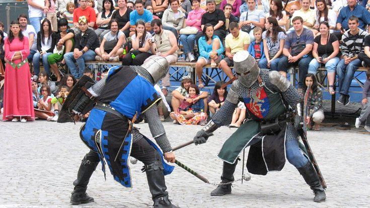 Festival Medieval la Curtea de Arges, la prima editie! Demonstratii de lupte medievale, tir cu arcul, concerte | Ziarul Argeşenilor