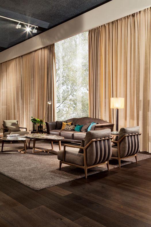 Armchair INDIGO designed by Leonardo Dainelli with Coffee Tables ZEN designed by Tiziano Bistaffa