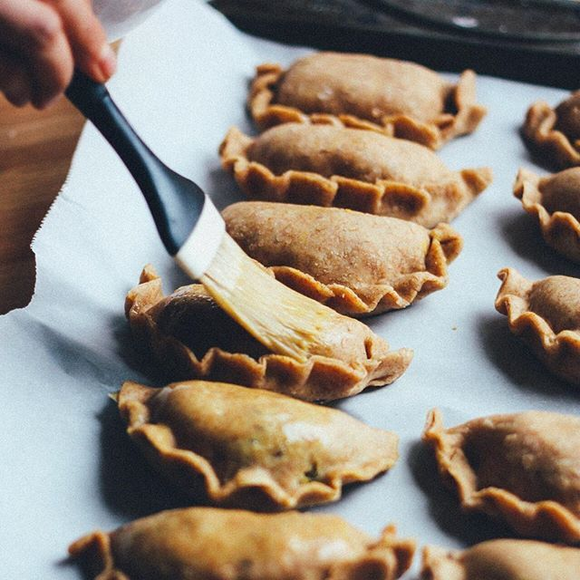 Smoky Vegan Pumpkin Empanadas // From The Land We Live On. Find this #recipe and more on our Empanadas Feed at https://feedfeed.info/empanadas-samosas-hand-pies-pastizzi?img=1117302 #feedfeed