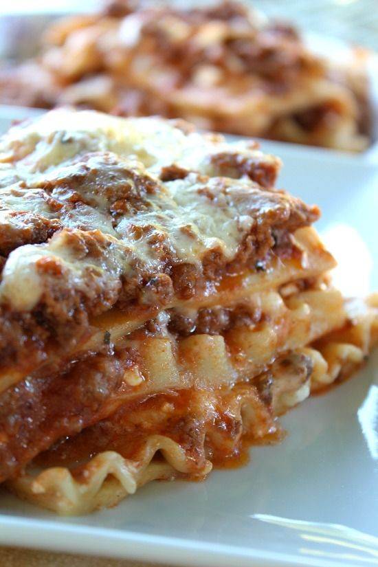 Classic Lasagna...loaded with lots of cheese, from the mozzarella cheese, to the cottage cheese and to the parmesan cheese!!