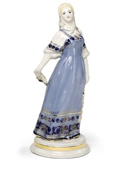 Танцующая девушка из ансамбля «Березка»