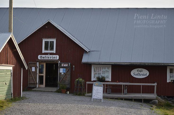 http://pienilintu.blogspot.fi/2014/08/cafe-salteriet.html