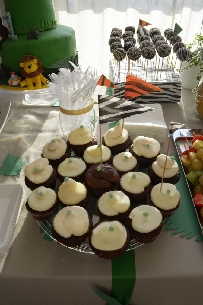 Jungle party_cupcakes