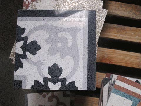 Decoration from the factory  #terrazzotiles #graniglia #terrazzotile #marmetta #fliser #carreaux #baldosa #piastrella #decorifloreali #interiordesign #colors #samples #concretetile #grandinettisrl #madeinitaly #floortiles #pavimento #handmade #artigianato #floordesign #tiling #bespoke #fliser #italiandesign #tileoftheday #carreauxdeciment #decori