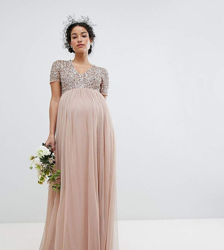 39b602f2b1f08 Maternity dress from Maya maternity. Beautiful sequins on the top and  flowing chiffon on the bottom. #ad #maternity #pregnant #dressthebump
