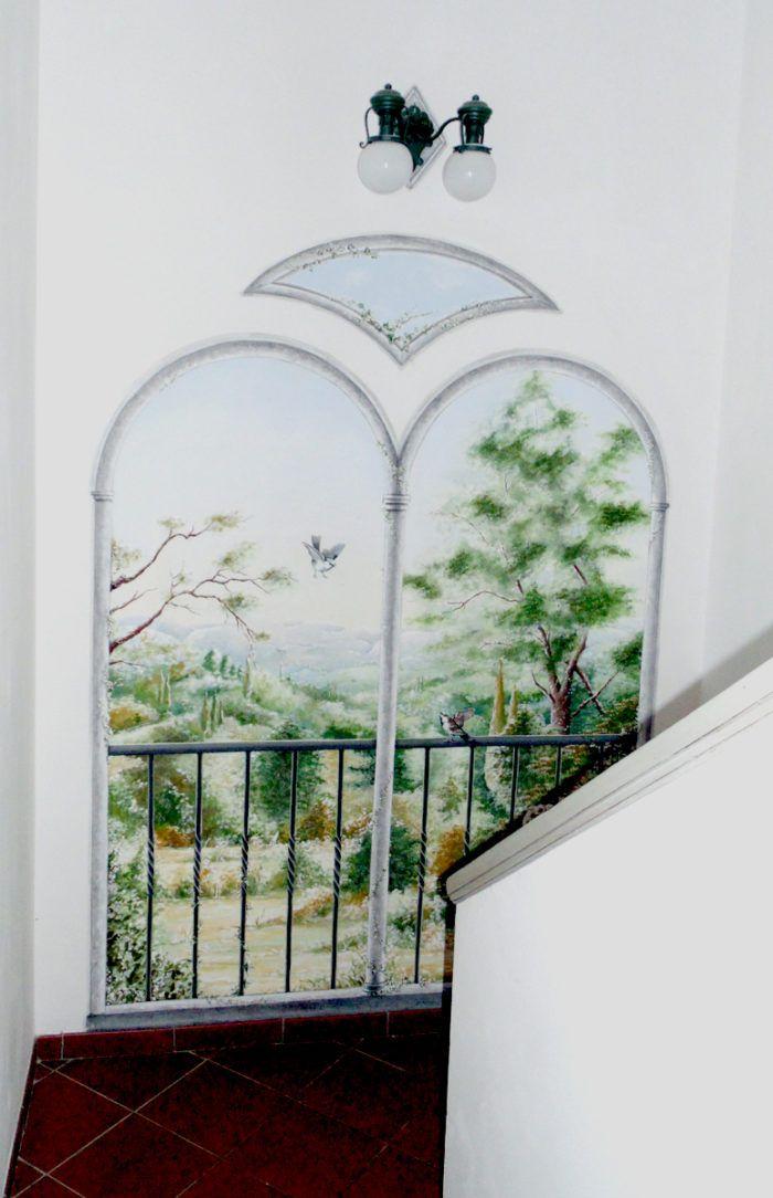 Bifora con paesaggio