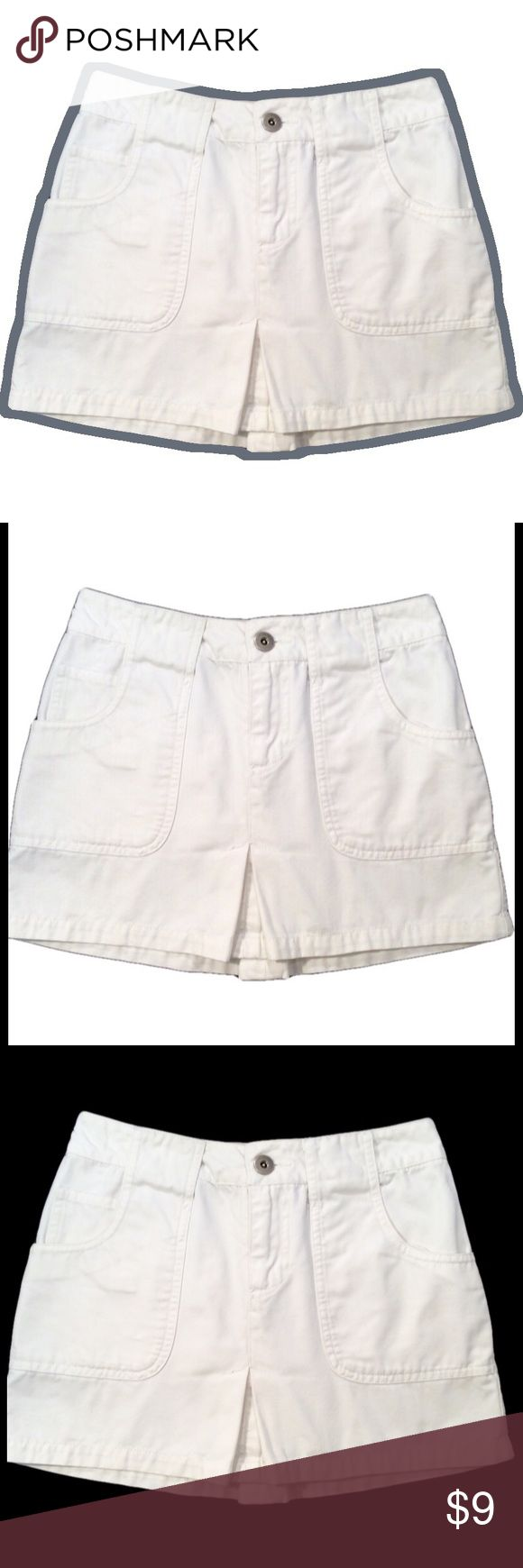 """Mossimo White Mini Skirt Mossimo white mini skirt. Size 1. 100% cotton. Approx. 12""""L. Mossimo Supply Co Skirts Mini"""