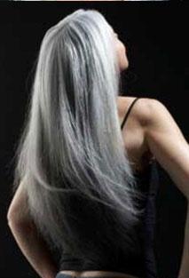Going grey...: Grey Hair, Gray Hair, Hairstyles, Aging Gracefully, Hair Styles, Silver Hair, Beautiful, Greyhair, Grayhair