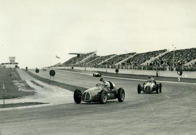 #2 Juan Manuel Fangio (RA) - Maserati A6GCM (Maserati 6) propeller shaft (2) Officine Alfieri Maserati #4 Jose Froilan Gonzalez (RA) - Maserati A6GCM (Maserati 6) 3 (5) Officine Alfieri Maserati