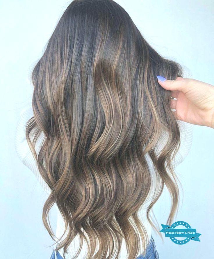 Finde unsere Ideen für wunderschöne und dunkle Haare