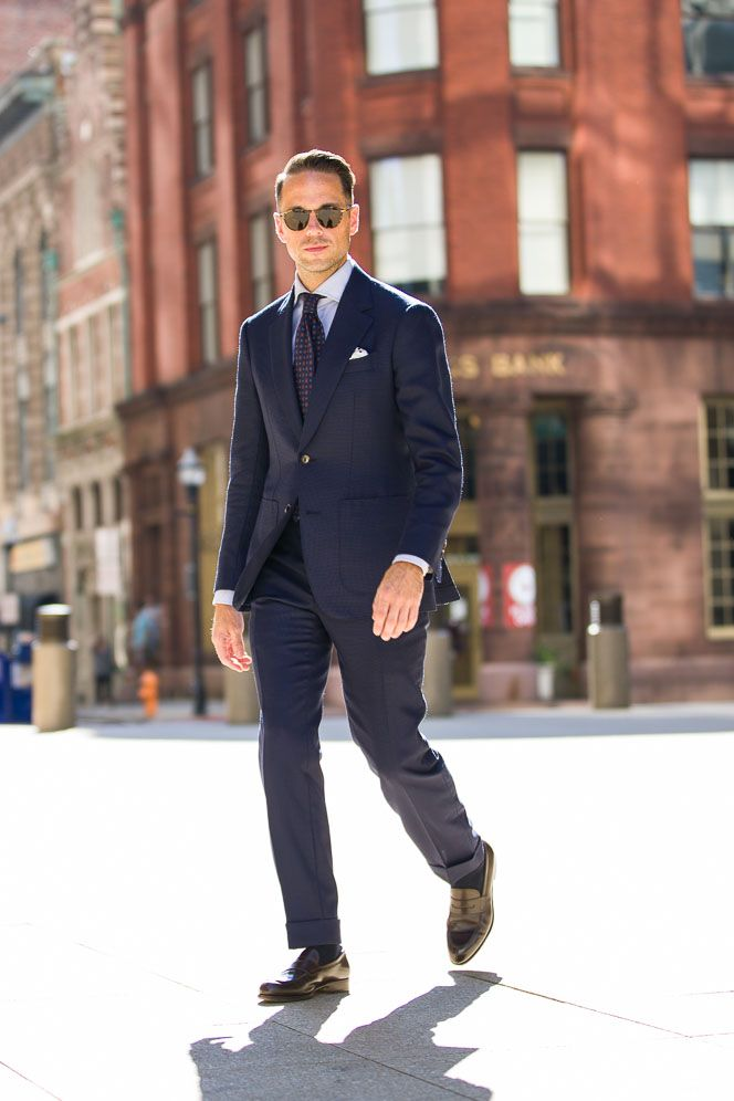 Why Your First Suit Should Be A Navy Suit  http://hespokestyle.com/most-versatile-suit-color/