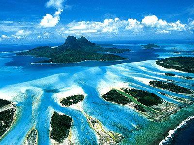 Bora Bora, Tahiti - Something is really wrong with anyone that wouldn't wanna visit this stunning spot on earth.