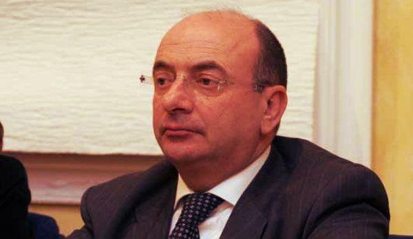 Indagato ex presidente del Consiglio regionale del Molisehttp://tuttacronaca.wordpress.com/2014/01/29/indagato-ex-presidente-del-consiglio-regionale-del-molise/