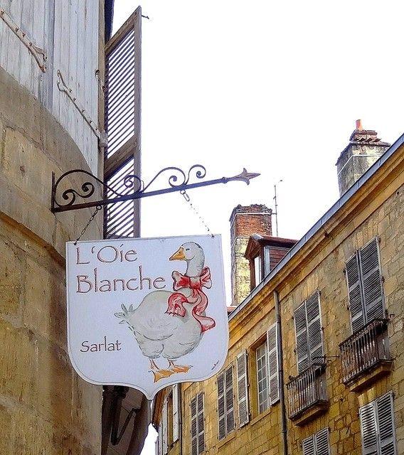 Photo : Elle existe .....,  France, Panneaux insolites, Oies, Sarlat, Sarlat la caneda. Toutes les photos de els de flander sur L'Internaute