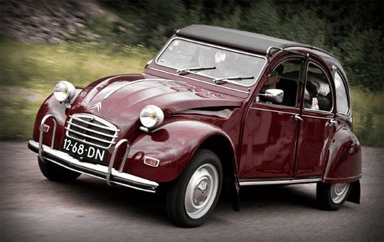 One of the best world wide classic cars: Citröen 2CV.