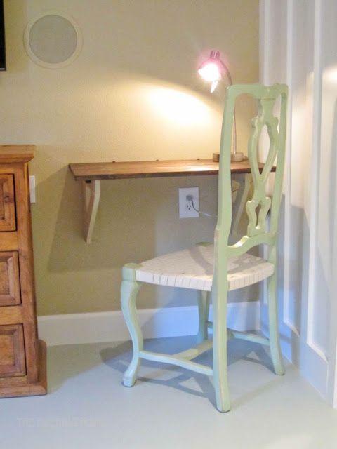1000 ideas about small desks on pinterest desk ideas for Cheap desk ideas