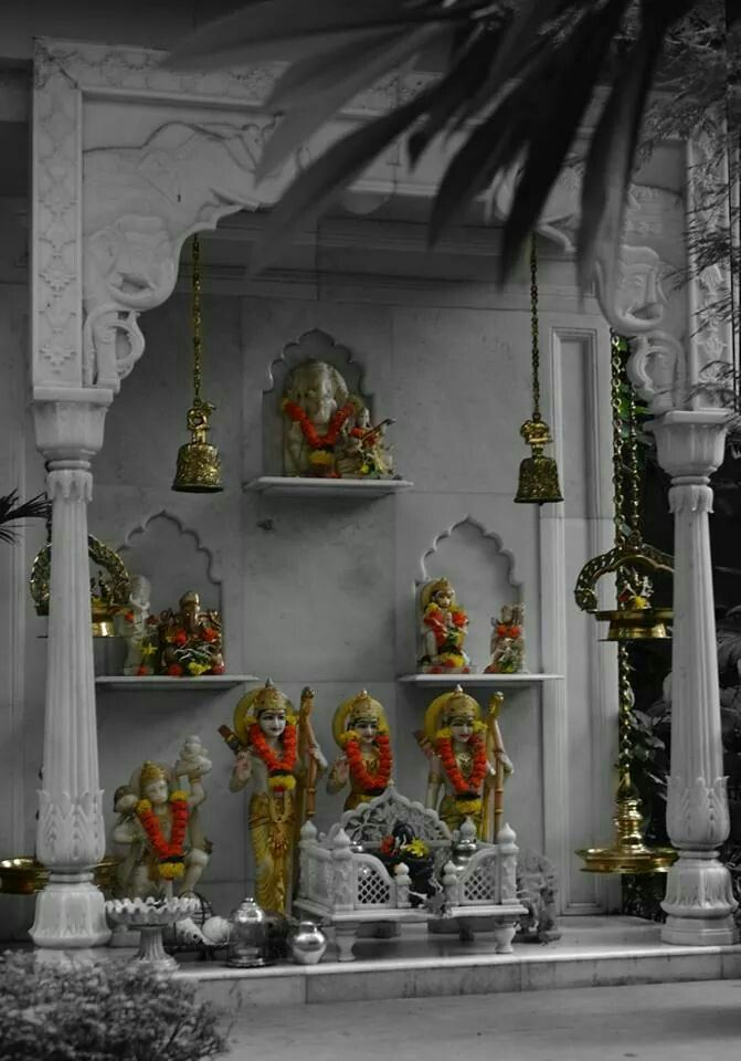 Temple Pooja at Amitabh B's Resi