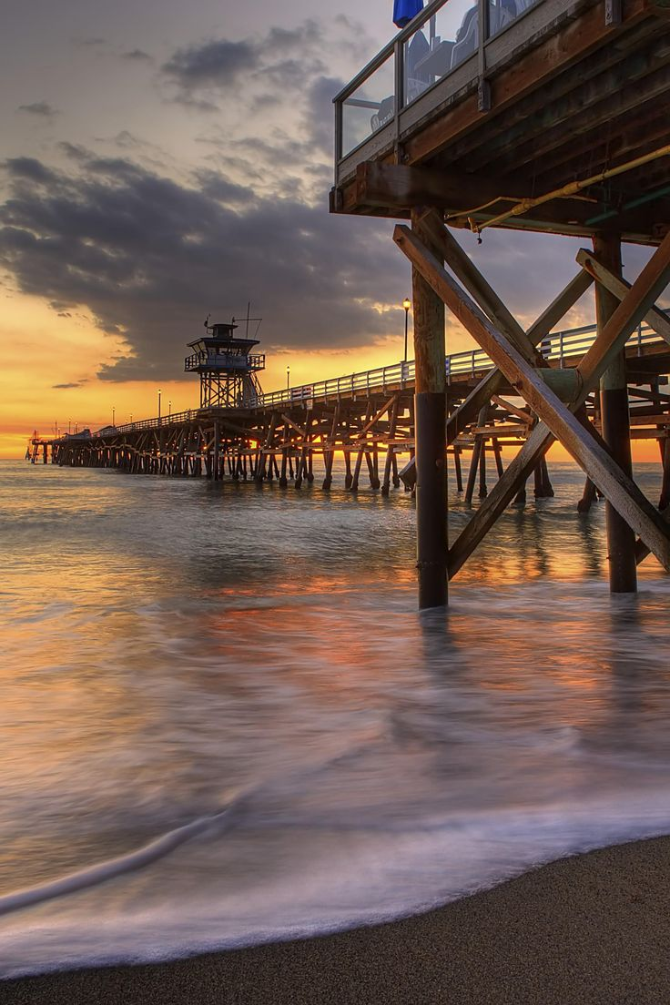 "I used to live in San Clemente - It's easily one of the most beautiful beach cities in Cali, but it's certainly one of the less known. - A beautiful photo ""Evening's Entrance""– San Clemente, CA – Charlie Stinchcomb – Transition Day!"