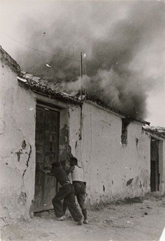 Gerda Taro, Republican soldiers, Battle of Brunete, July 1937  weimarart.blogspot.com