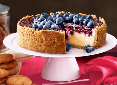 This blueberry cheesecake is from the cover of the issue of 'fast' ed's better basics. it's amazing!
