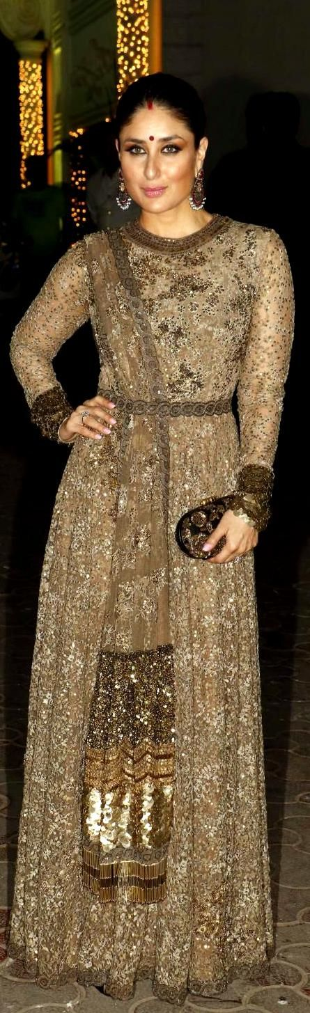 Kareena kapoor in Sabyasachi .For more pins;---------[[Sabyasachi~❤。An Exquisite Clothing World]]