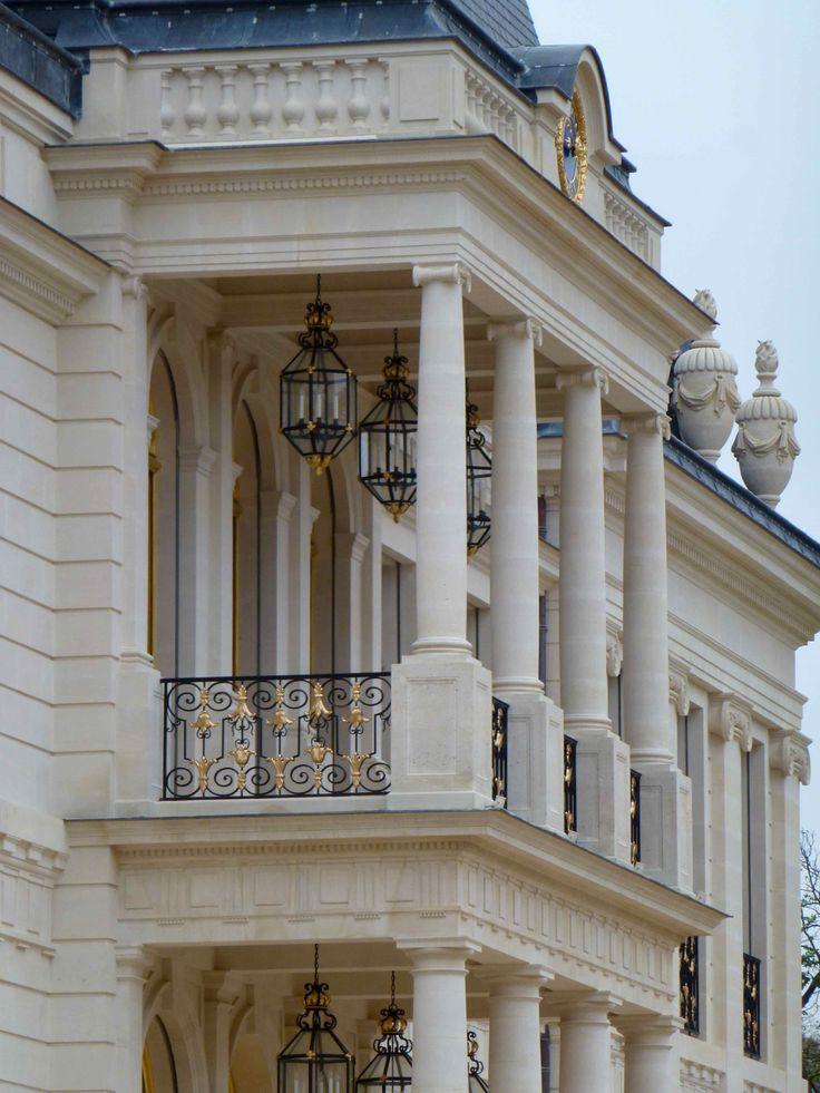 1220 best architecture images on pinterest architecture for Chateau louis 14 louveciennes