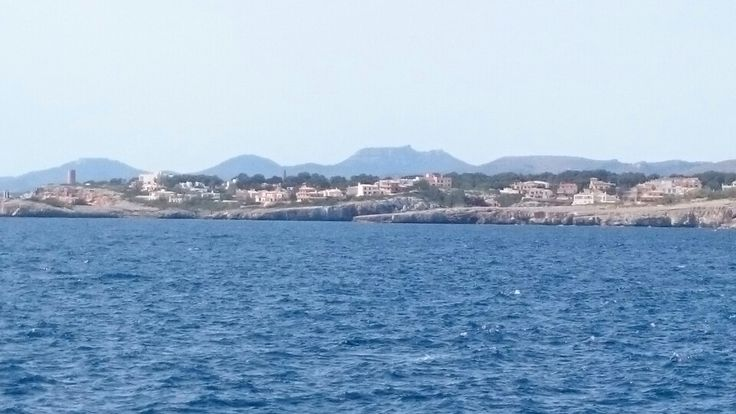 Approach to Porto Cristo by boat