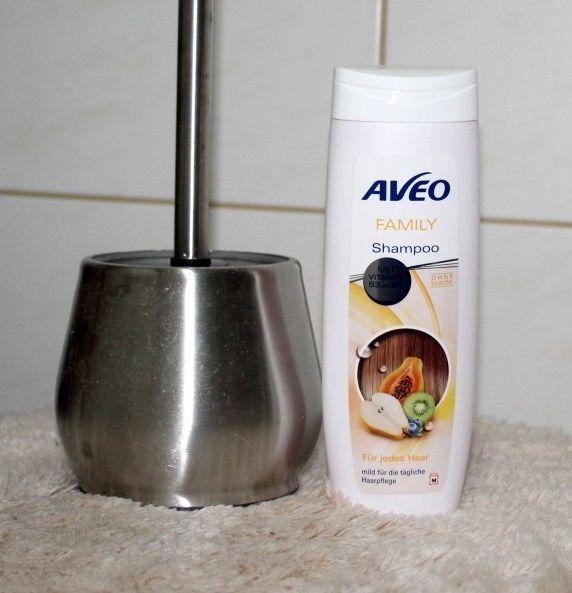 Klobürste mit Shampoo ersetzt schädliche Kloreiniger