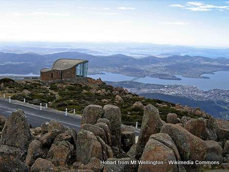 Hobart-from-Mt-Wellington-Peak