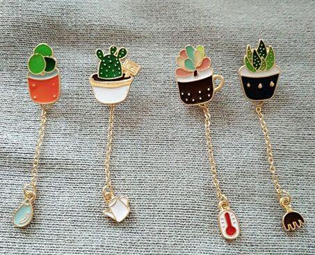 The new fashion Cute girl green cactus plants brooch brooch Japan and South  Korea badge wholesale baa64e7b8