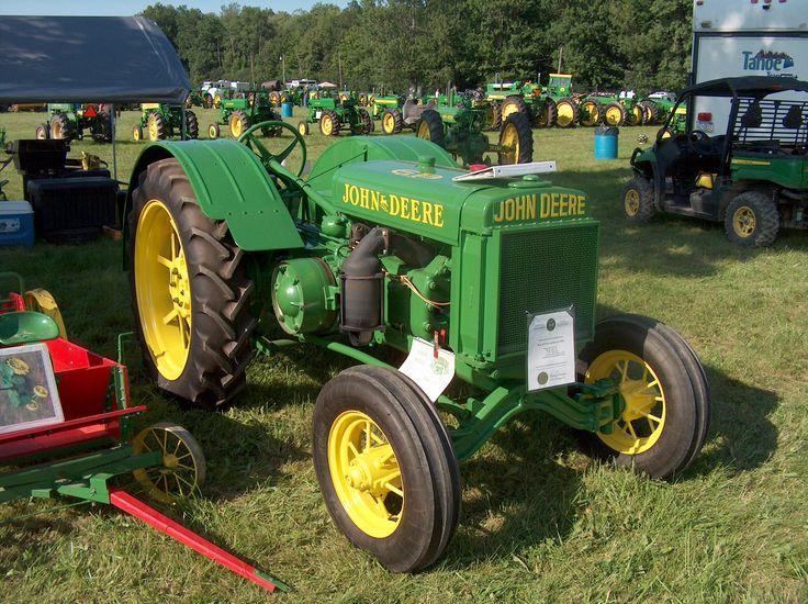 Antique John Deere Show Tractors : Best images about antique john deere tractors on