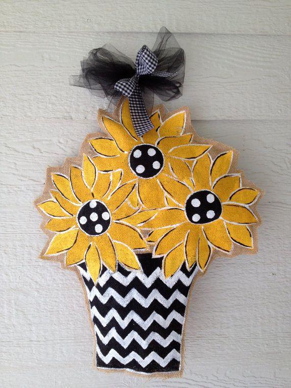 Sunflower Burlap Door Hanger by Snickledoodles on Etsy $30.00 & 349 best Burlap doorhangers images on Pinterest | Burlap crafts ... pezcame.com