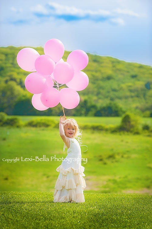 CT Child Photographer | Lexi-Bella Photography | Whimsical balloon and ruffled dress session in summer fields during the spring