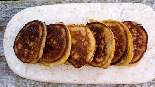 Apple Cinnamon Pancakes (grain-free)