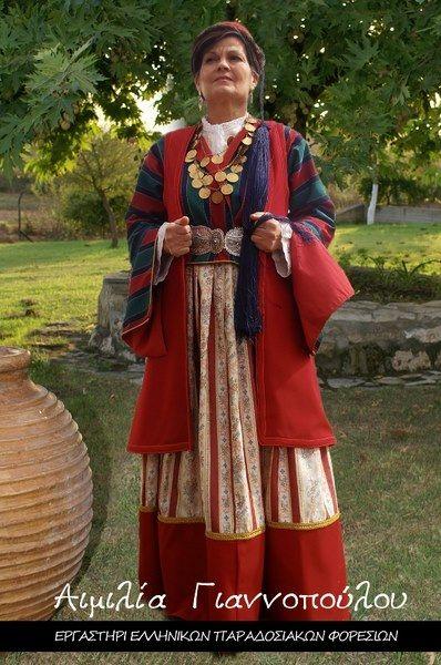 Γυναικεία Παραδοσιακή Φορεσιά Λεωνιδίου (Τσακωνιά)