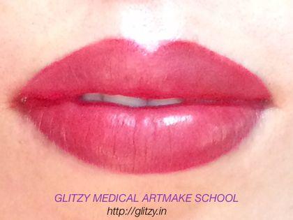 GLITZY|アートメイクとメディカルアートメイクスクール:アートメイク 2例目のお写真は「3Dリップ」