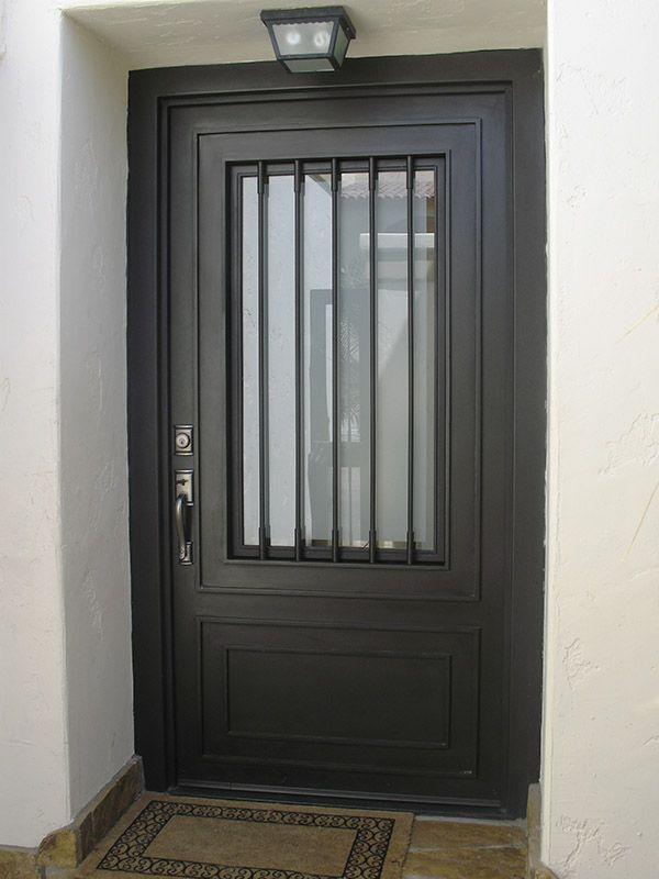 Galeria puertas modernas 12 id 7 for Modelos de puertas metalicas para exteriores