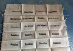 Stoffetikett oder Labels selber machen. Hier zeige ich euch wie ihr vollkommen unkompliziert eure eigenen Stoffetiketten selber machen könnt.