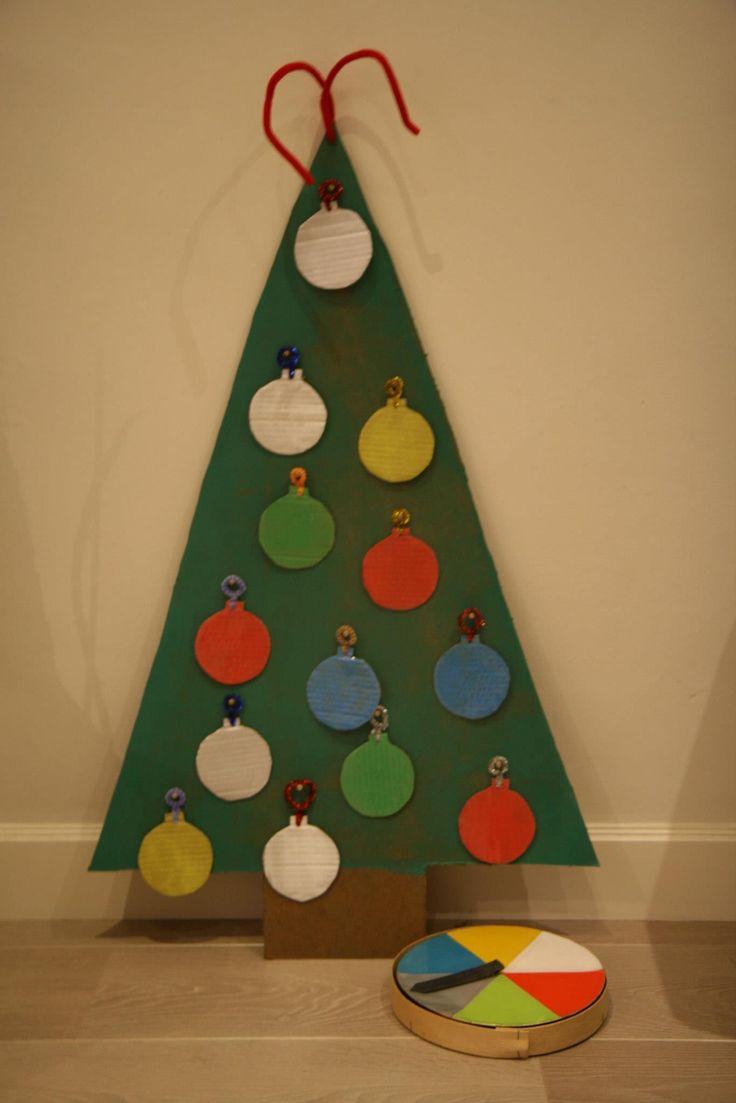 Construction christmas ornaments - Kerstspel Draai Aan Het Rad En Hang De Juiste Kerstbal In De Boom
