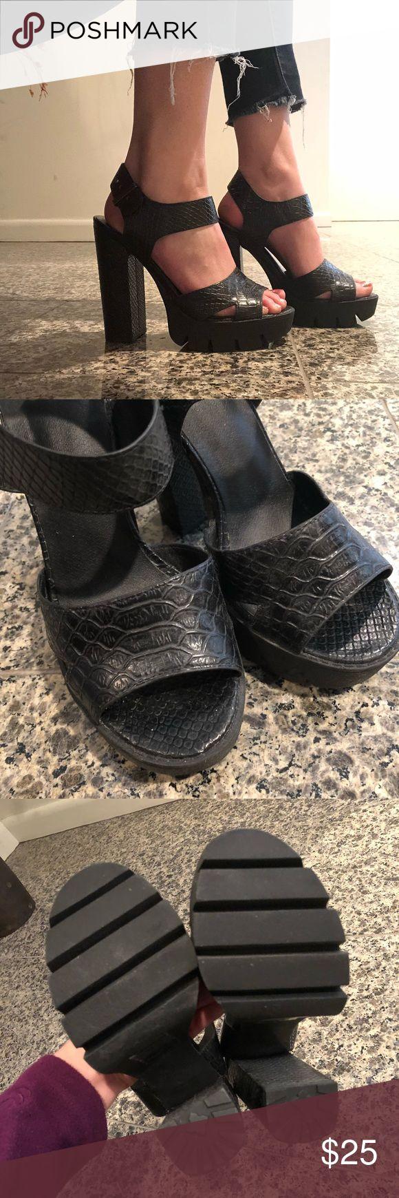 "Asos Platform Heels Snake print platform heels. Worn twice. 5"" heel with 1.25"" platform (approximately). UK size 4 = Euro 37 = US 6, according to Asos website. I'm a size 6.5 for reference. ASOS Shoes Heels"