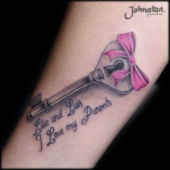 Tattoo llave de gran significado para y mi cliente.  Citas y cotizaciones WhatsApp 3212358612  www.facebook.com/joanmosu