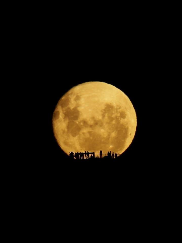 New Zealand moonrise